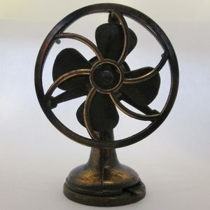 1976 Durham metal mini art deco vintage style fan